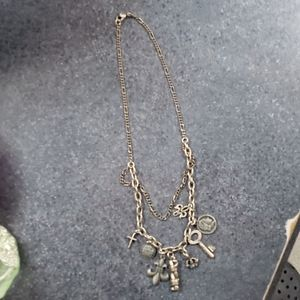 BKE FLUER DE LIS NECKLACE